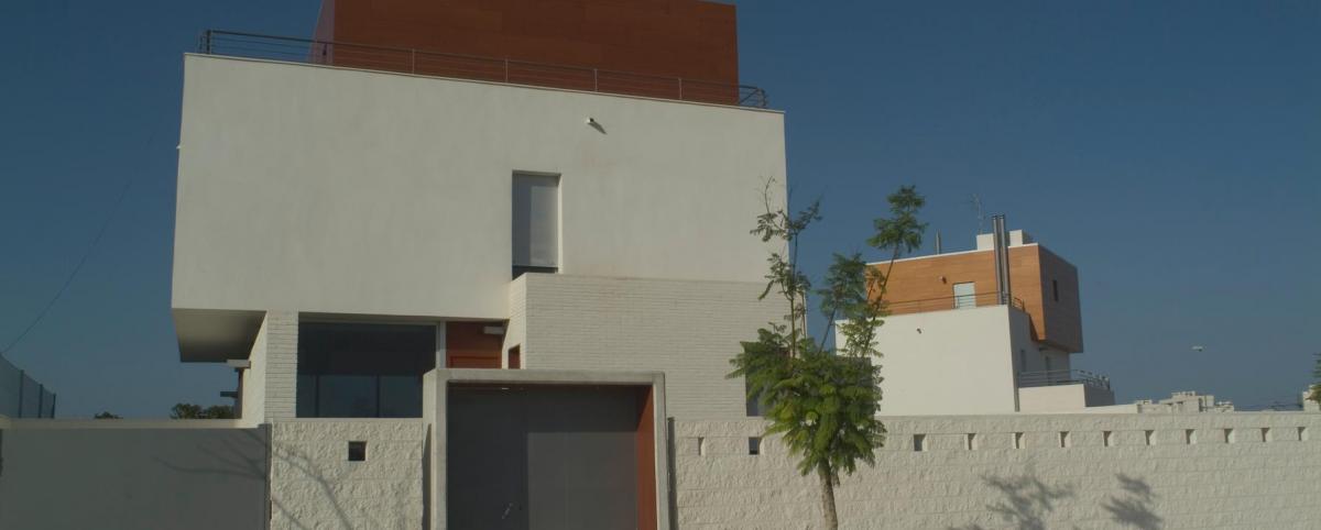 3 viviendas campo golf San Juan
