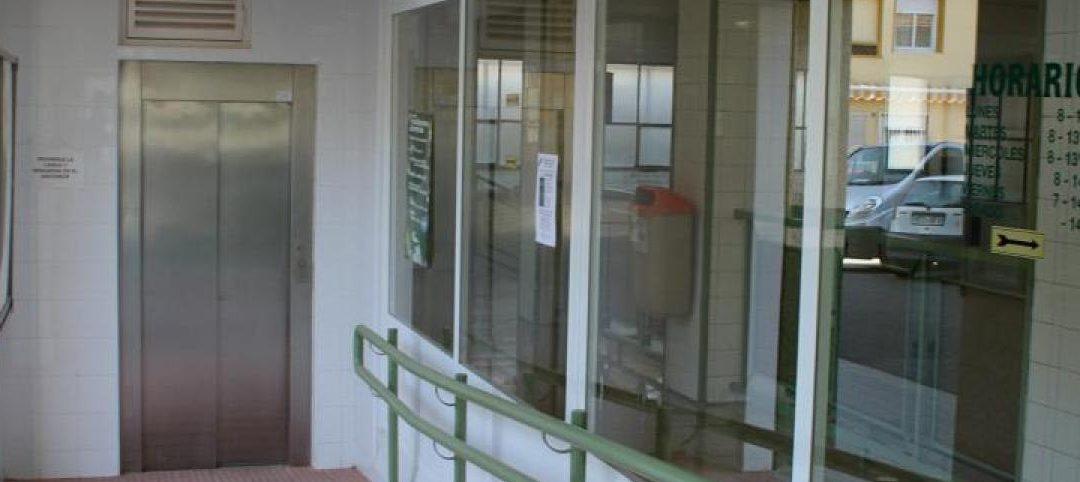 Mercado central de petrel naves rehabilitaci n edificios for Oficina correos elche