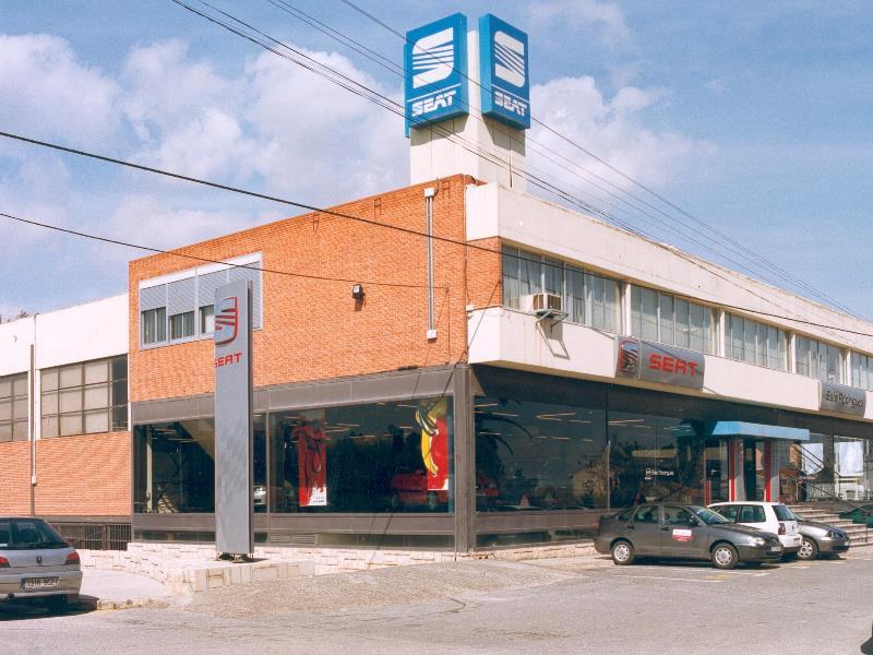REFORMA ADAPTACIÓN NAVE INDUSTRIAL CONCESIONARIO SEAT SALA RODRIGUEZ, ALICANTE