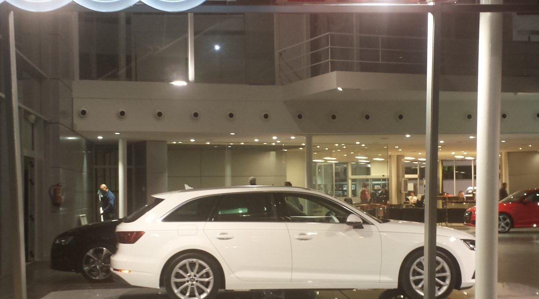 reforma_interior_concesionario_Audi_San_Juan_de_Alicante