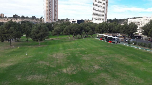 ASFALTADO PARKING CAMPO DE GOLF EN BENIDORM