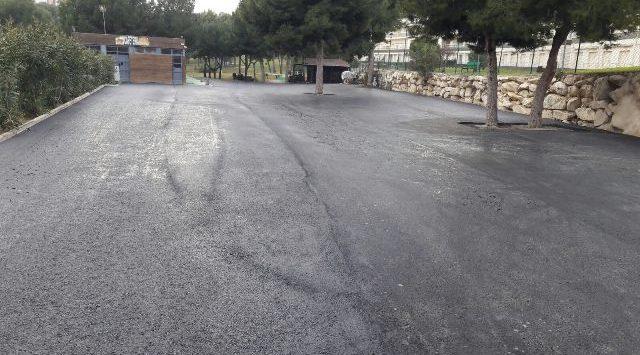ASFALTADO PARKING CAMPO GOLF BENIDORM - ESCLAPÉS E HIJOS S.L.
